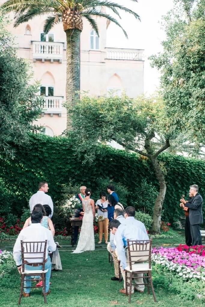 civil-marriage-rite-in-the-garden