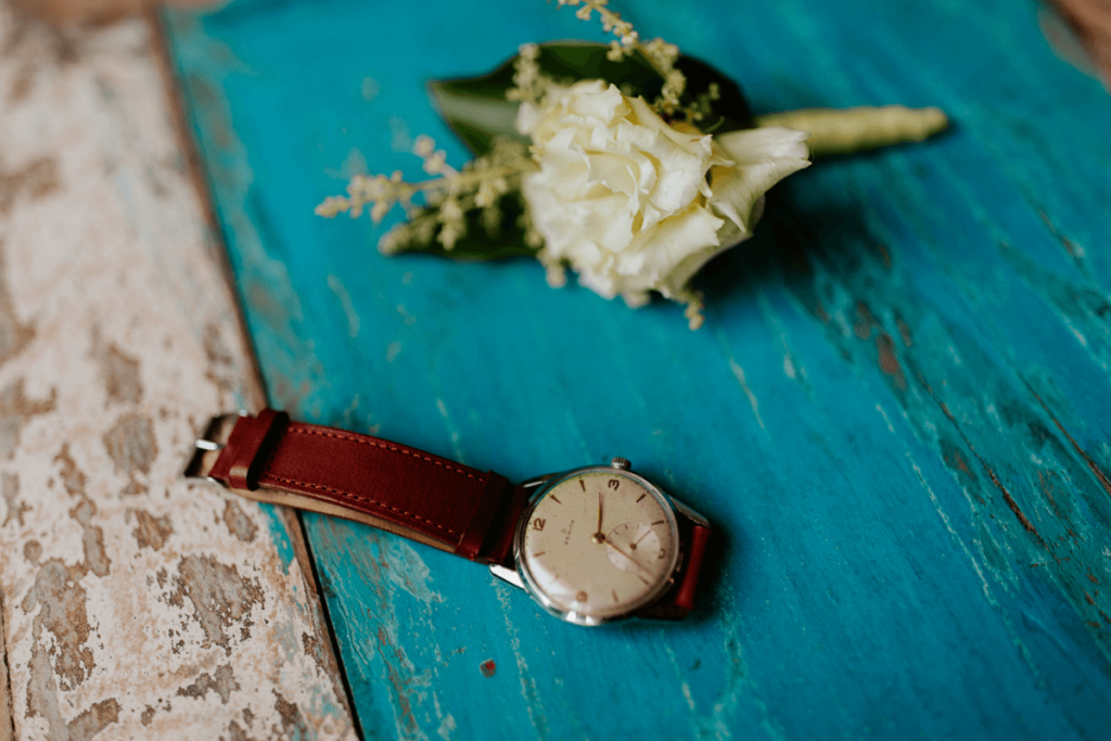 vintage-watch-for-groom