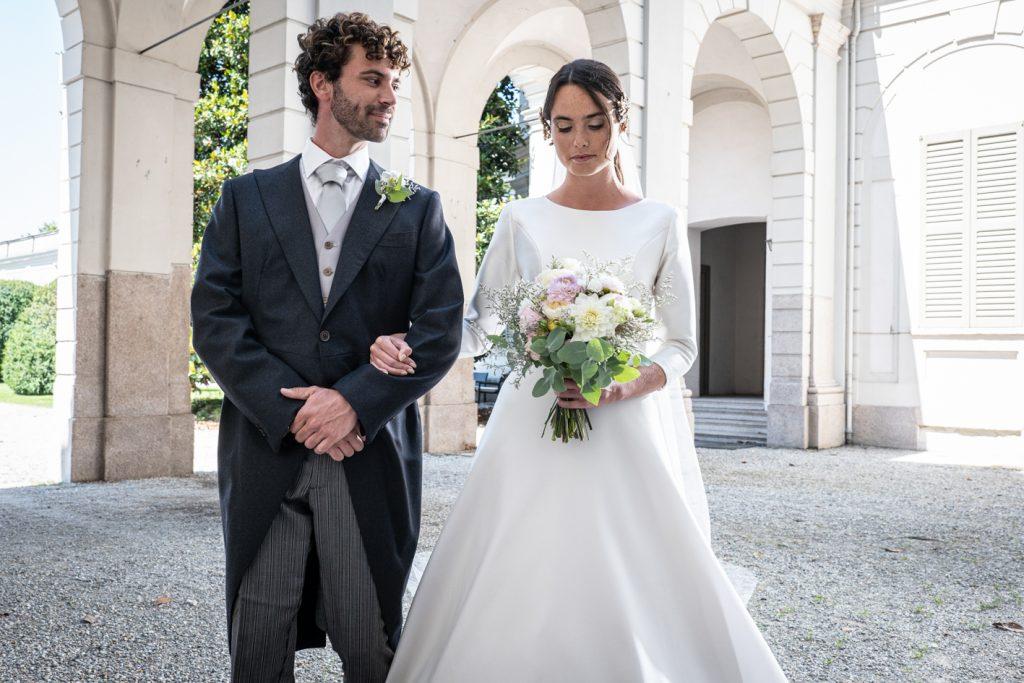 bride-and-groom-very-elegant