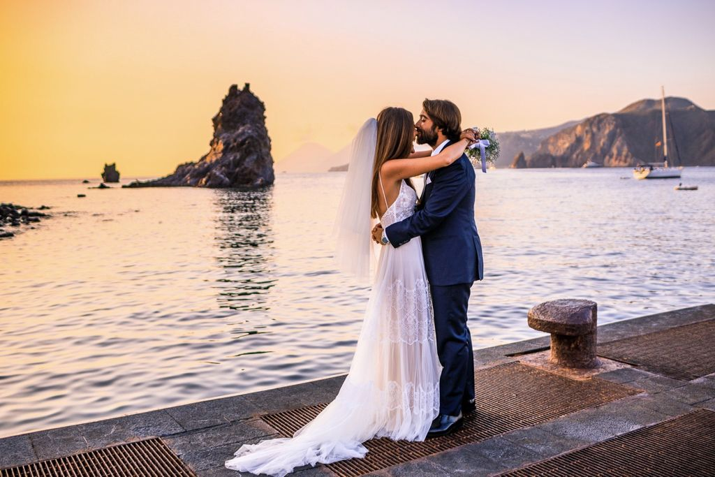 wedding-on-the-Vulcano-island